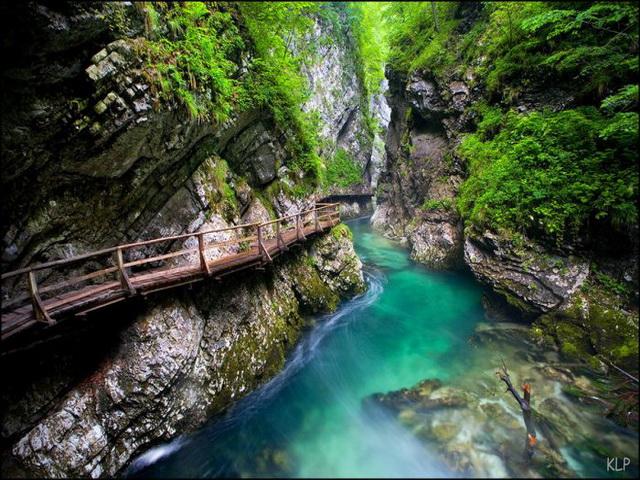 1366885596 samie krasivie uchelya v mire 2 Гуамское ущелье