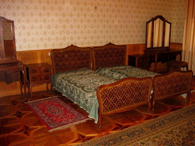 165669 original Сталинские дачи в Абхазии