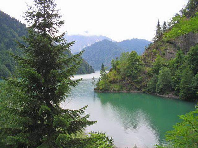 1985502 Озеро Рица – высокогорный бриллиант Абхазии