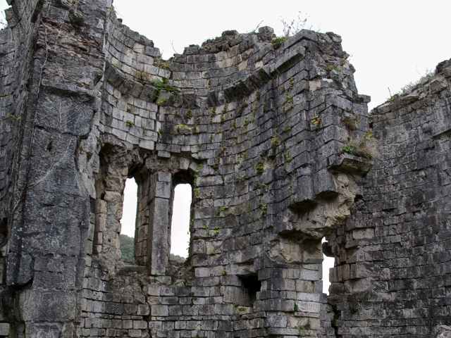 4697 Vnutri Bzybskogo hrama v Abhazii Дорога к озеру Рица