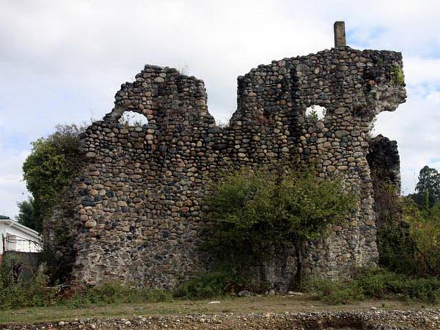 velikaya abxazskaya stena Хашупская крепость