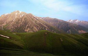 армянский хребет 300x191